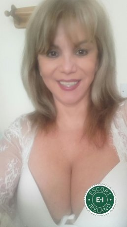 Mature Claudia is a sexy Spanish Escort in