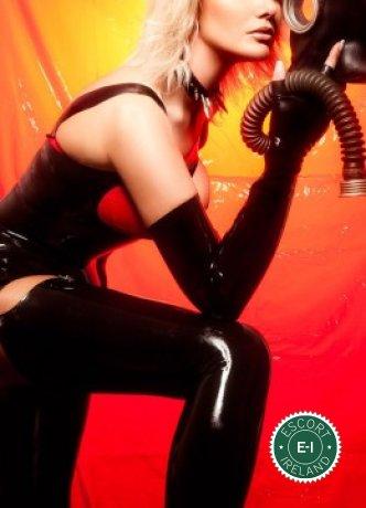 Contessa is a super sexy Liechtensteiner Domination in