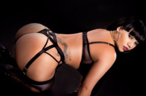 Cristal Sexy - female escort in Santry